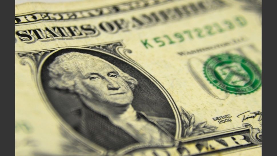 Por las nubes: el dólar alcanzó un nuevo récord
