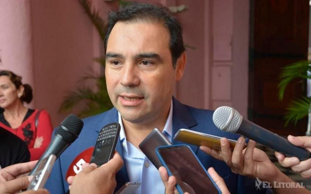 Valdés en queja con Nación por regalías de Yacyretá y puso en duda el segundo puente