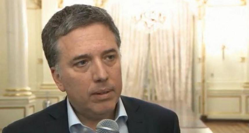 Dujovne viajará a Washington para negociar con el FMI y el lunes anunciarán medidas
