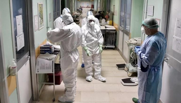 Coronavirus: confirmaron 214 muertes y 8.159 contagios en las últimas 24 horas