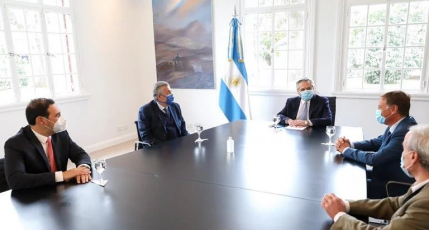 El Presidente analizó con Valdés la situación del coronavirus en Corrientes