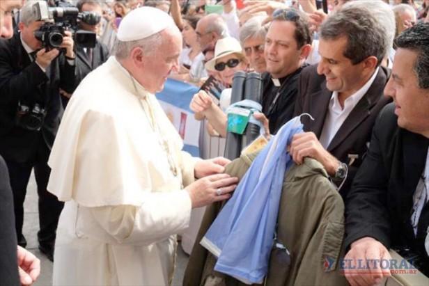 El Papa recibió a ex combatientes y familiares