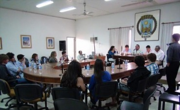 Alumnos tienen $100 mil para sus proyectos y podrán pedir informes al Municipio goyano
