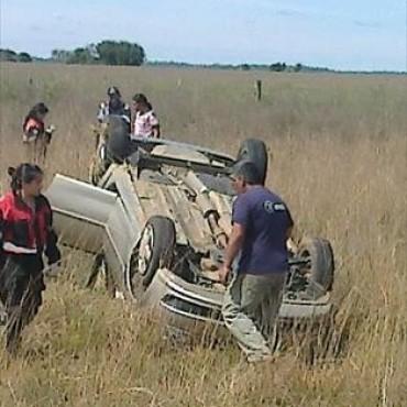 Murió una niña de 3 años en despiste y vuelco de un automóvil en Mburucuyá