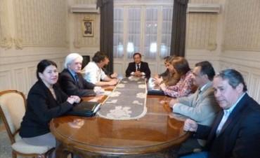 """Legisladores del FPV pidieron celeridad al STJ y la UCR denunció """"coerción"""""""