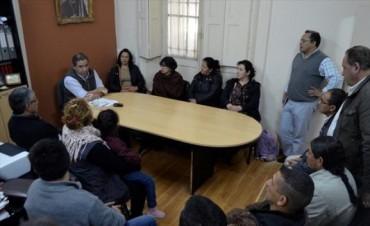 Sin punto extra, Ríos admitió ante referentes gremiales que suspenderá pases a contrato