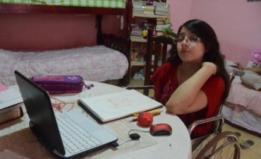 Dahiana tiene el mejor promedio y se alista para incursionar en el mundo de la ciencia