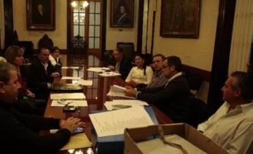 Defensor del Pueblo: definieron que el examen escrito será dentro de una semana