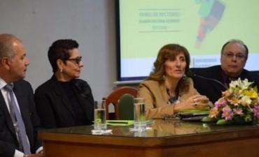 Rectores de varias universidades abordan los problemas regionales en común