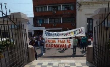 """Comparseros marcharon y comprometieron a ediles a tratar proyecto """"Carnavales en febrero"""""""