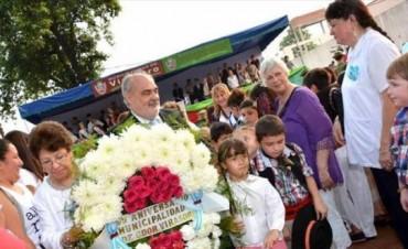 Virasoro festejó 89 años de su nuevo nombre con la entrega de un colectivo para alumnos rurales