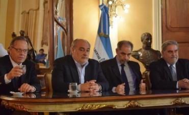 """Colombi criticó anuncios de Scioli y aseguró que """"el gobierno actual lo está condicionando"""""""