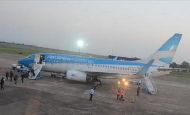 Con la gran demanda de pasajes aéreos, no descartan sumar un vuelo más a Corrientes