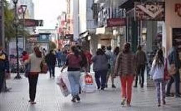 En Corrientes tres de cada diez ocupados no completó su educación obligatoria