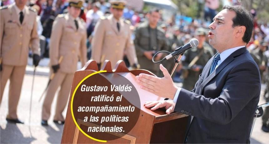 """El Gobernador exhortó a trabajar """"todos juntos para superar la crisis"""""""