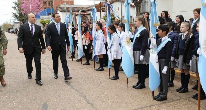 En el aniversario de Libres, Valdés anunció obras en seis colegios y ratificó inversiones