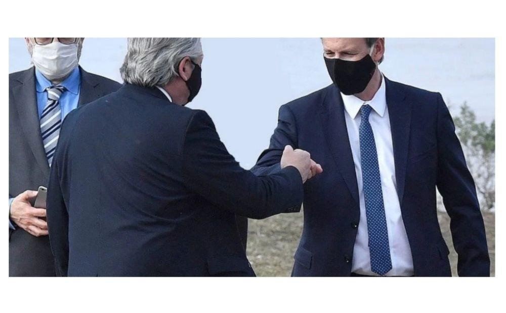 El gobernador de Entre Ríos, dio positivo y estuvo con Fernández y Valdés