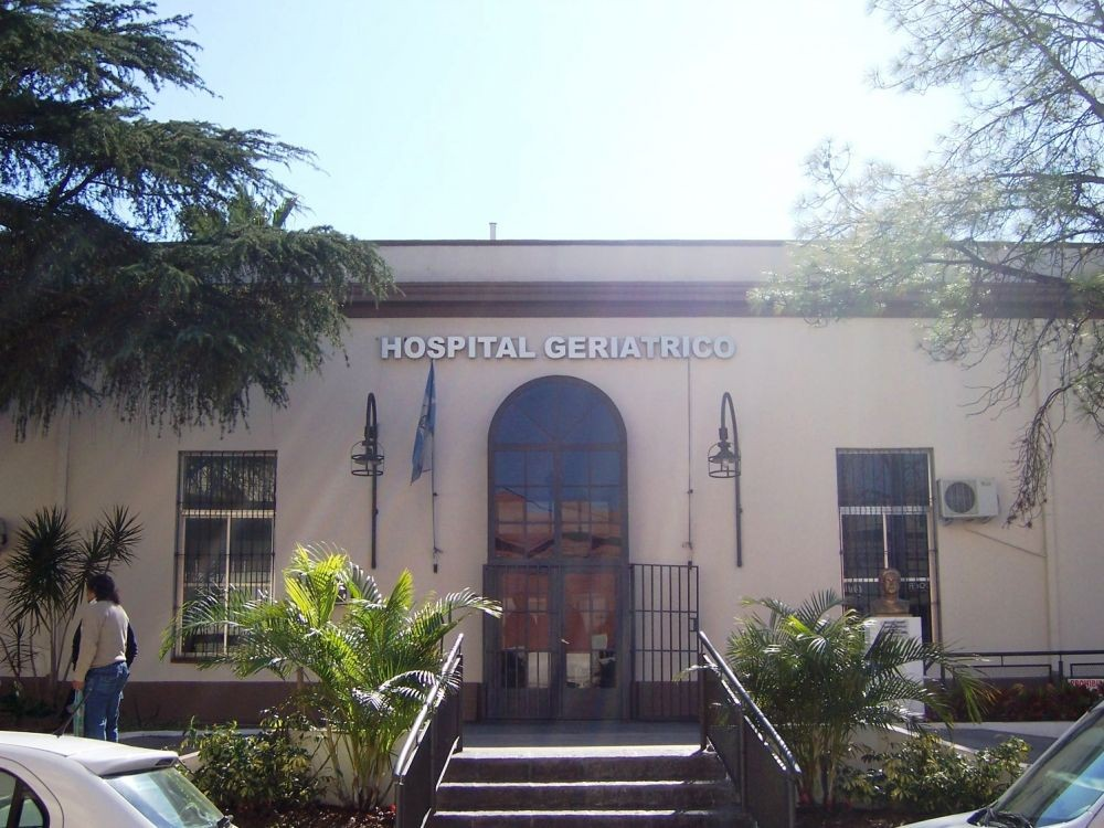 Trabajadores del Geriátrico Juana Cabral dieron positivo a Covid-19