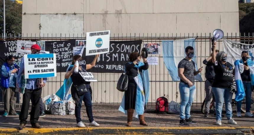 Otra marcha anticuarentena en distintos puntos del país