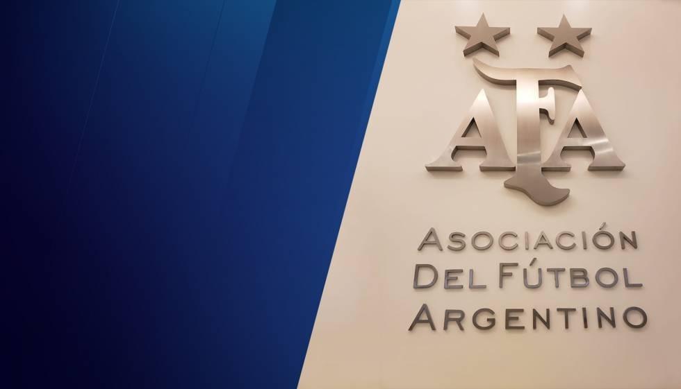 AFA emitió un comunicado oficial; el plantel de regreso al país