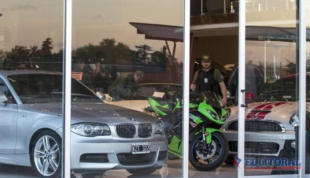Secuestraron 100 autos de alta gama en una investigación por lavado de dinero