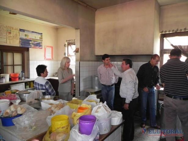 El Uruguay siguió creciendo, hay 45 familias afectadas y tránsito restringido en Ruta 94