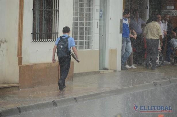Anuncian que seguirán las jornadas lluviosas