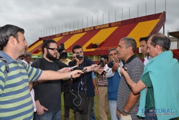 La inauguración del estadio pasó para el domingo 19