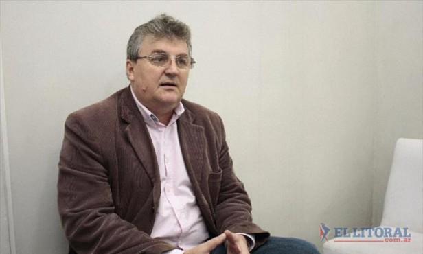 """Norberto Ast: """"Hay que hacer docencia para que la gente sepa cuál es el rol del Concejo"""""""
