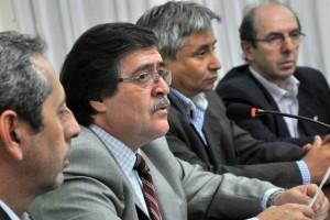 Señales de diálogo y confrontación con el FPV de ministros provinciales