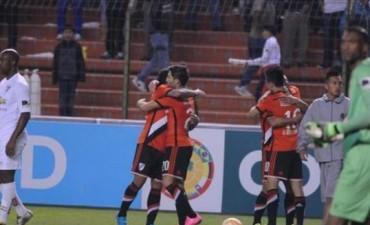 River perdió con Liga de Quito pero se metió en los cuartos de final