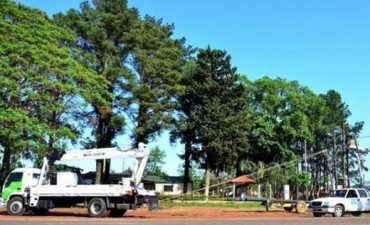 Temporal: reconstruyen casas, asisten a los afectados y quedan evacuados en Bella Vista