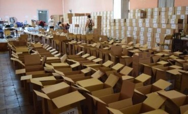 Rige la veda electoral: reparten urnas y continúan los cursos de capacitación