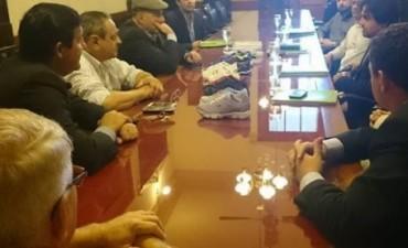 Confirman instalación de fábrica de calzados brasileña en Alvear