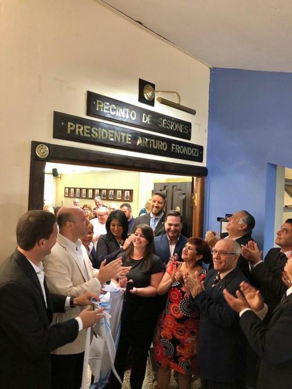 Reconocimiento al presidente Arturo Frondizi en su tierra natal