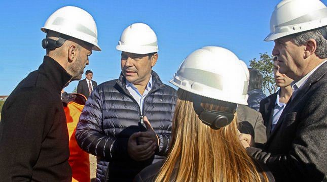 El Gobernador renovó con otro plazo la promesa del segundo puente