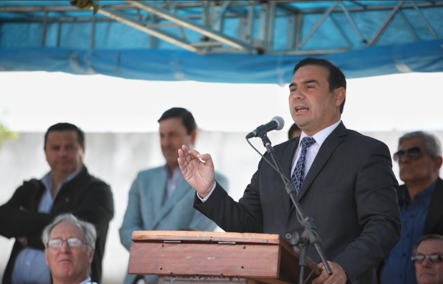 Valdés volvió a Buenos Aires con el Presupuesto como tema principal