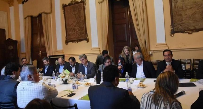 Valdés encabezó mesa Forestoindustrial y se destacó la relación Nación-Provincia