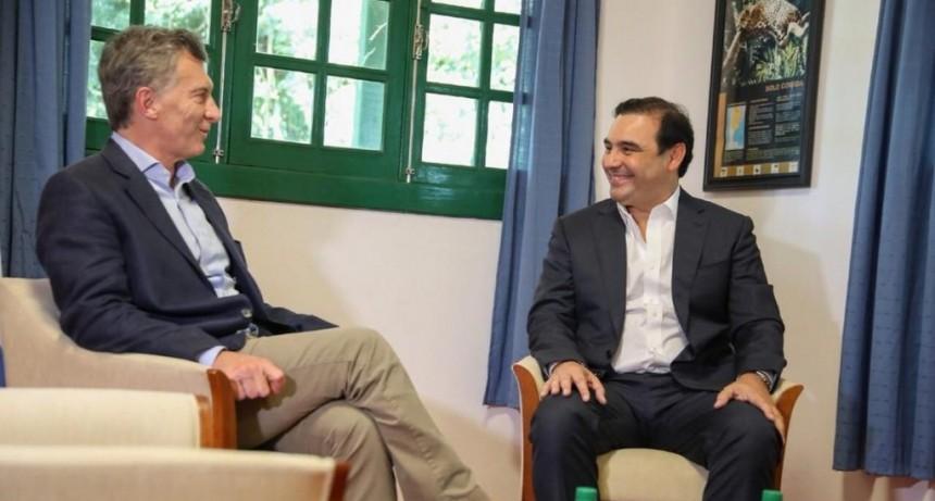 Macri recibió a Valdés para evaluar el traspaso de subsidios al transporte y obras