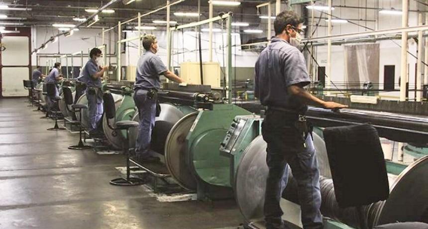 Textil Alpargatas proyecta paralizar su actividad en diciembre por vacaciones
