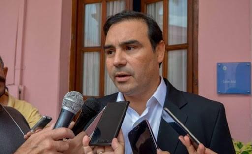 Valdés en un reportaje con Fontevecchia destacó a la vicepresidente y a Alfonsín