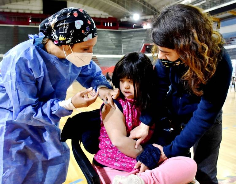 En Corrientes arrancó la vacunación pediátrica