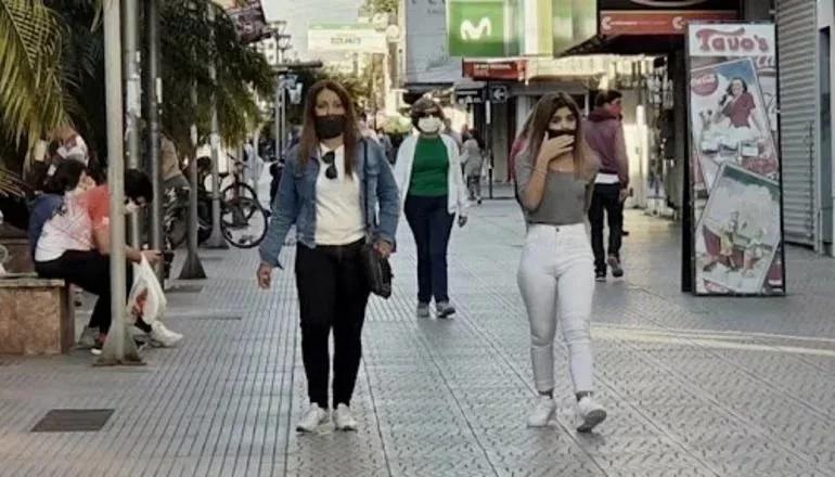 Desde hoy ya no es obligatorio el uso del barbijo al aire libre en Corrientes