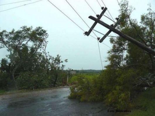 Un tornado dañó más de 50 casas en San Roque