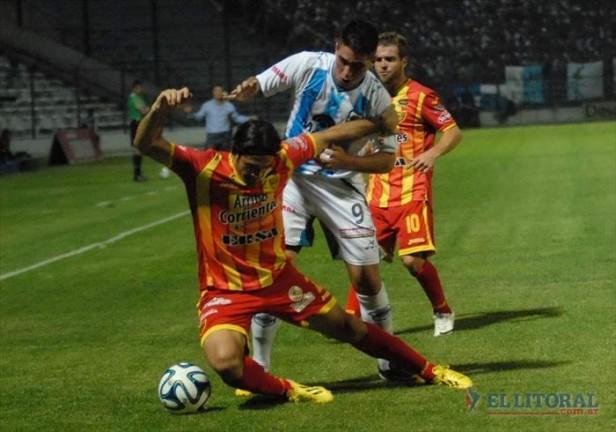 En inferioridad numérica, Boca Unidos se trajo un valioso punto desde Jujuy