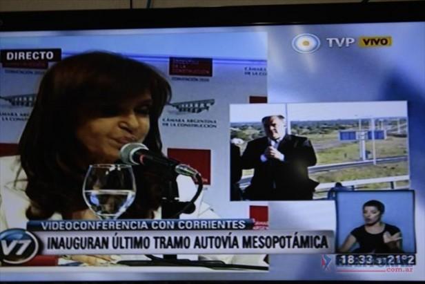 La Presidenta inauguró la Autovía 14 y correntinos piden la extensión de la obra