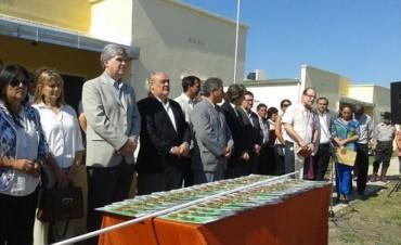 Al inaugurar viviendas en Curuzú Cuatiá y Bonpland, Colombi anunció otras 170