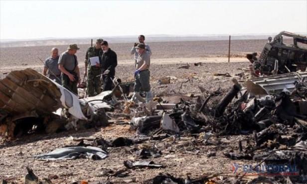 Tragedia aérea en Egipto: llegó a Rusia un segundo avión con restos de víctimas