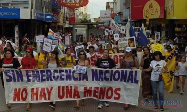 Multitudinaria marcha para pedir emergencia nacional y justicia por víctimas de femicidio