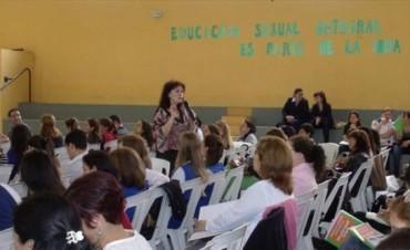 Escuelas preparan proyectos para dictar educación sexual